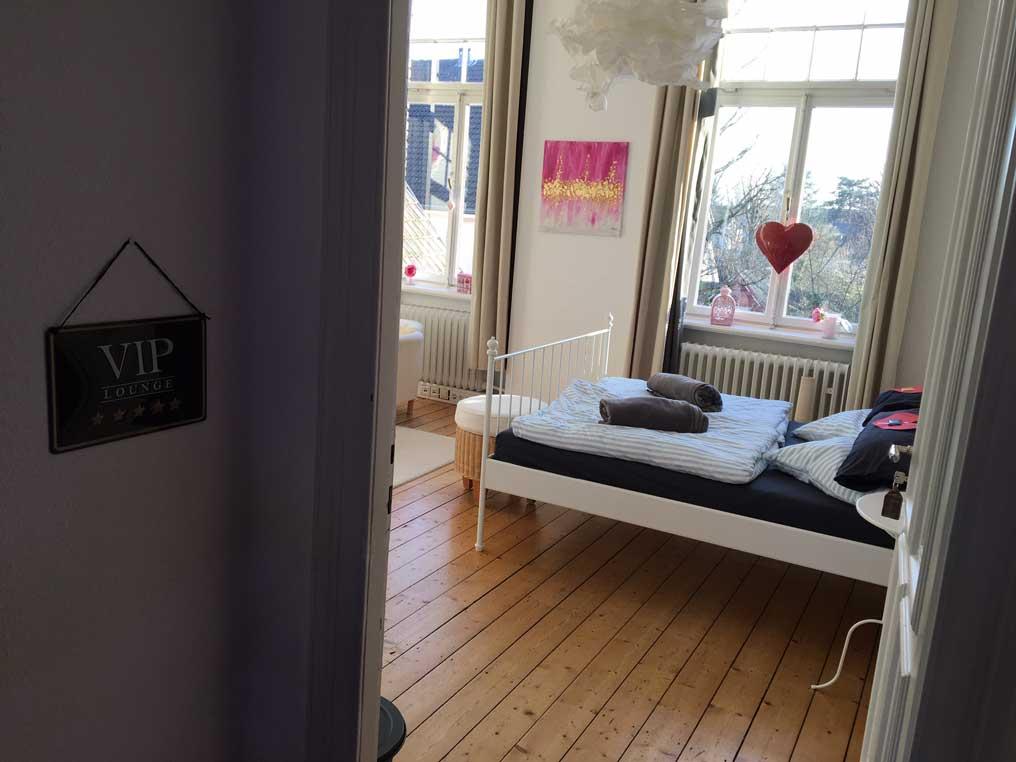 Blick in das Fremdenzimmer in der Alten Paketpost Bad Honnef